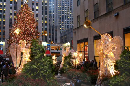 christmas walking tours of new york city