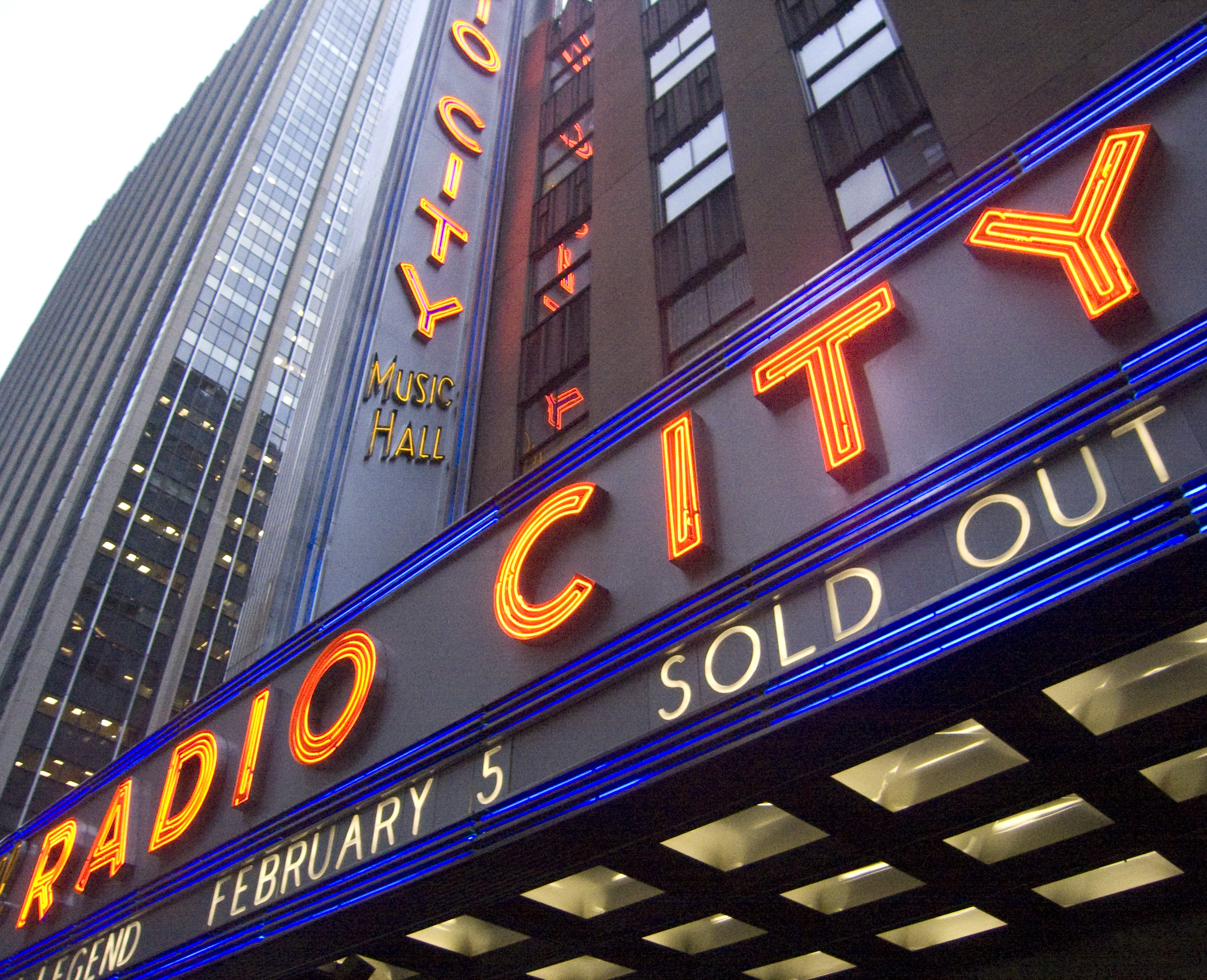tour radio city music hall with sibyl